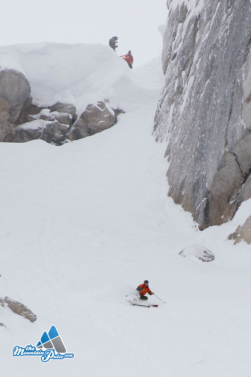 The Mountain Pulse Photo of theDay 01/07/11 - Skiing Corbet's Couloir