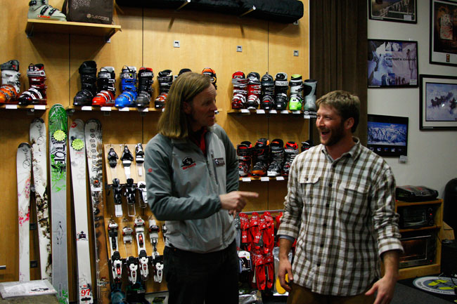 The Mounain Pulse Photo of the Day 01/25/11 - Shop Talk