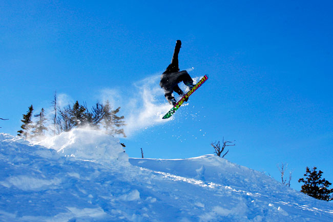 The Mountain Pulse Photo of the Day 03/01/11 - Snowboarding Teton Pass, Jackson Hole, WY