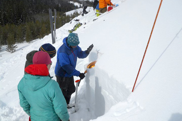 exum_mountain_guides_01, avalanche education classes. avalanche awareness, jackson hole, teton range
