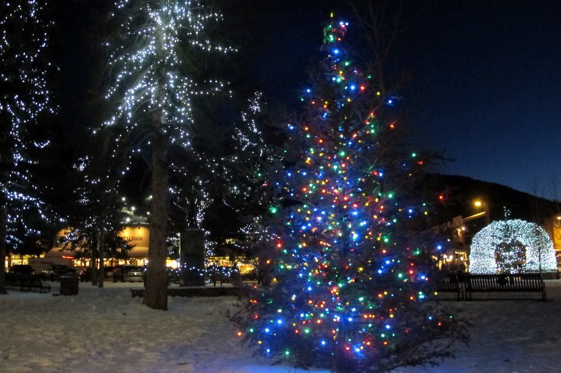 town square jackson hole christmas holiday celebration