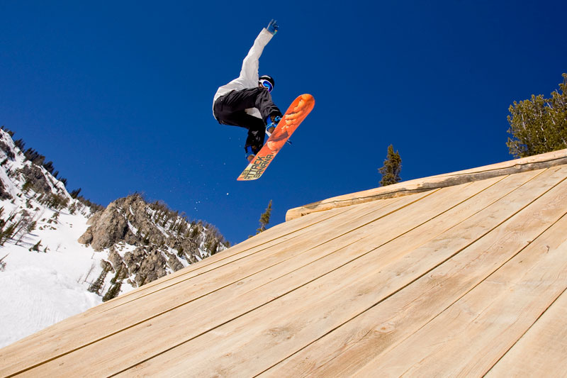 the mountain pulse, photo of the day, jackson hole, lib tech snowboards, burton stash park, cut la whut