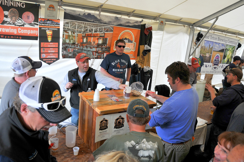 brewfest_09, old west brewfest, jackson wyoming, black tooth brewing company, sheridan, wagon box wheat review