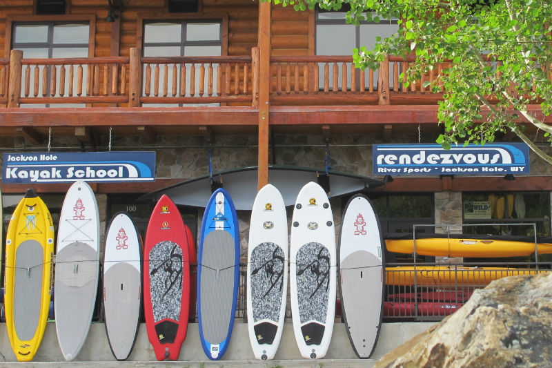 Rendezvous_River_Sports_store_front water sports report