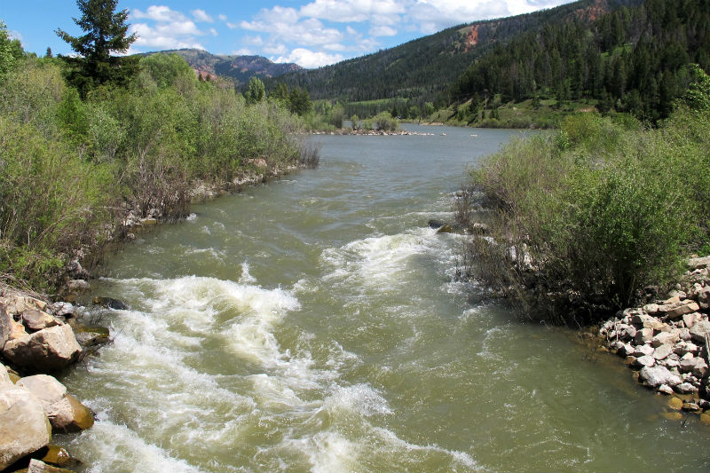 gros ventre river white water kayaking jackson hole rendezvous river sports wyoming tourism summer
