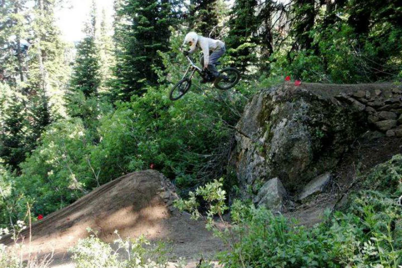 teton_freedom_riders dig day mountain biking jackson hole wyoming