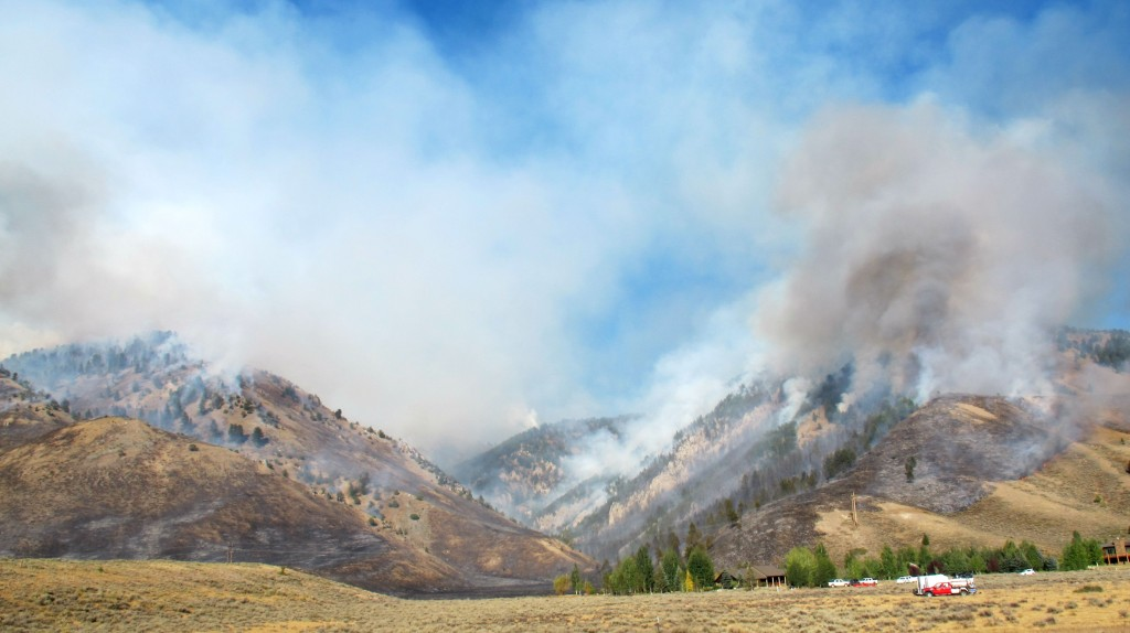 horse_canyon jackson hole #jacksonhole little horse thief fire the moutnain pulse wyoming bridger-Teton national forest fire snow king resort