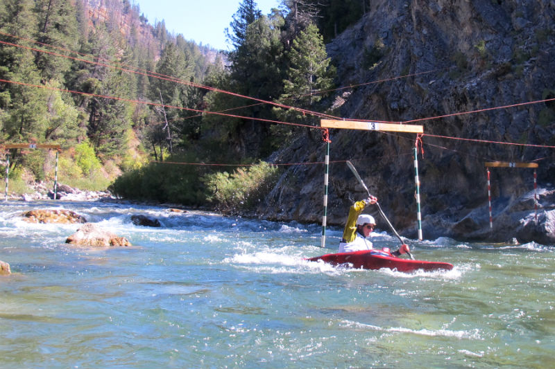 rocky_gate_turn jackson hole whitewater kayaking deb martin memorial race